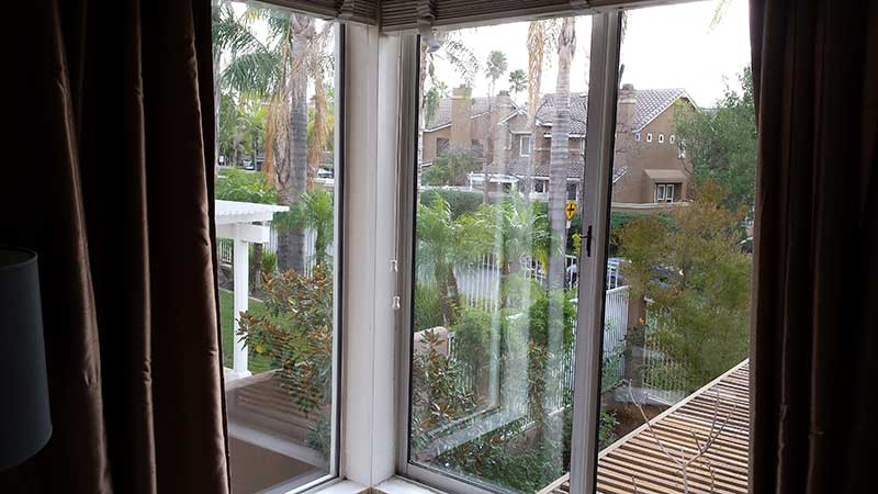 Picture of window after window cleaning in Newport Beach by Blue Coast Window Cleaning Service.